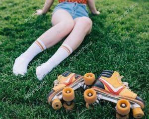 girls loving rollerskates