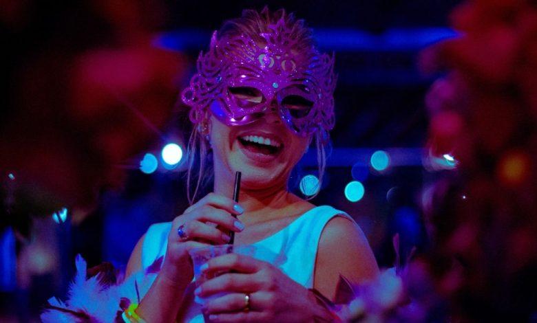 masquerade-ball-eye-mask