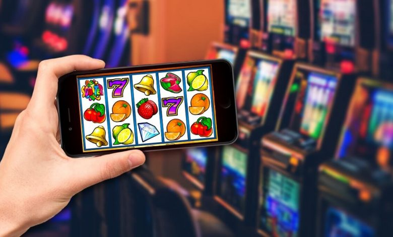 Online Slot Machines - Advantages of Playing Slots Through the Internet